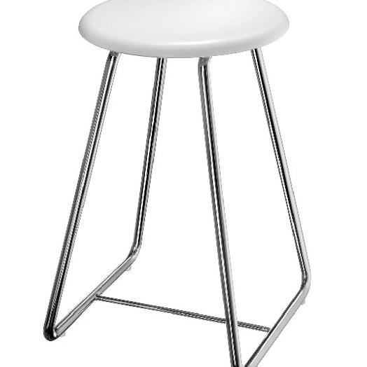Outline Freestanding Shower Chair 3